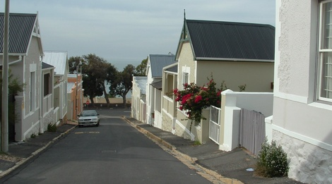 Relax at Plumbago Villa in Simon's Town